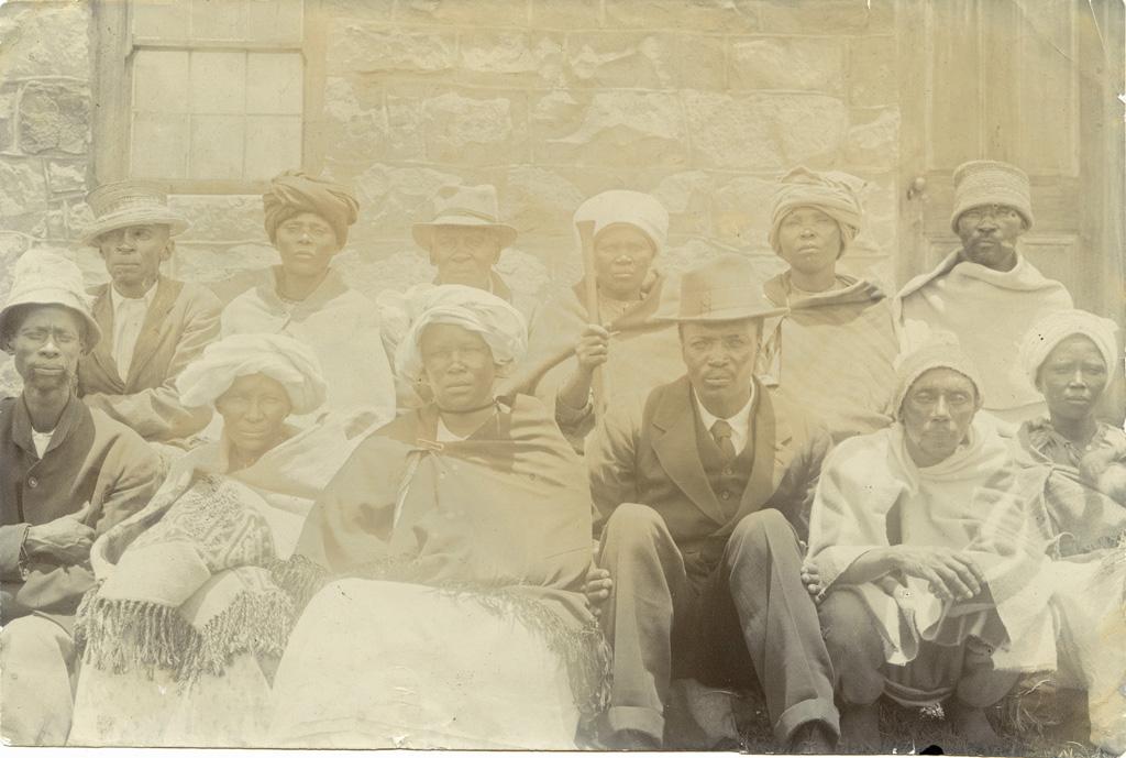 Six couples de Basuto qui ont confessé leurs mariages le 21 décembre 1920