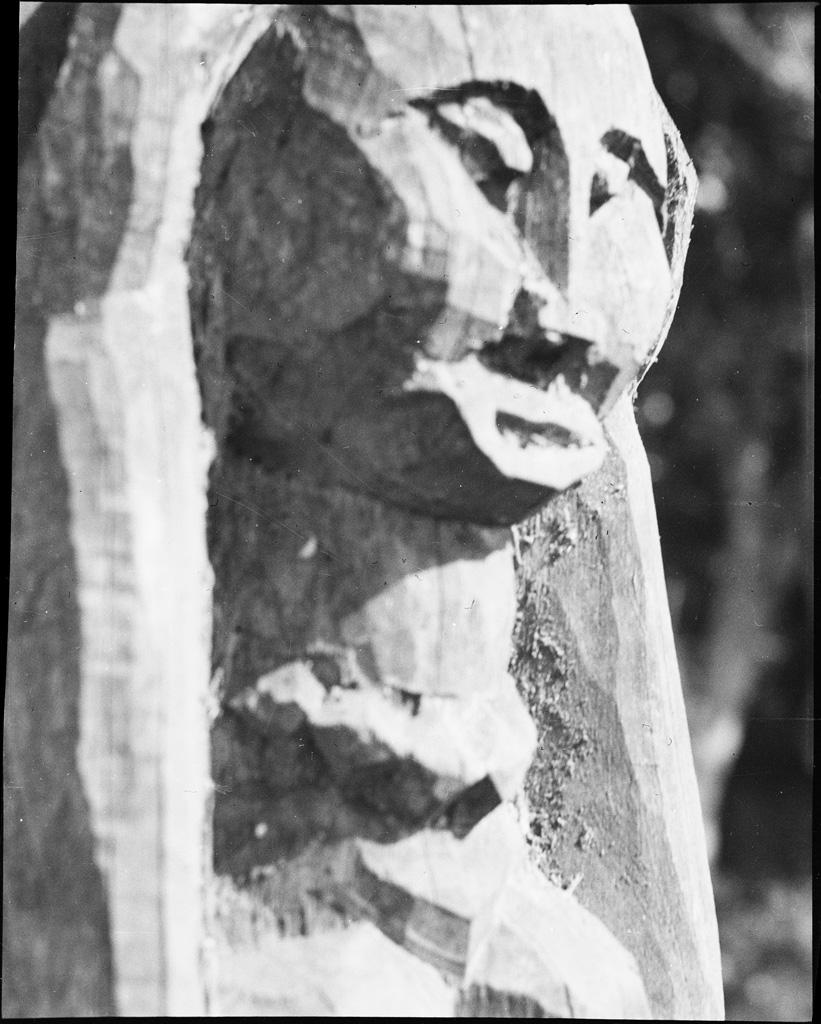 [Statue]