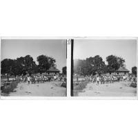 Temple à la sortie du culte [à Mabumbu]