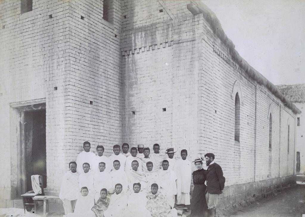 Temple d'Anosibé, M. et Mme Martin