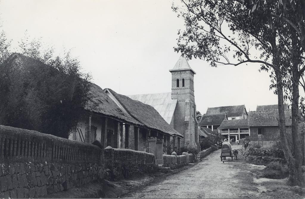 Temple dans un village malgache