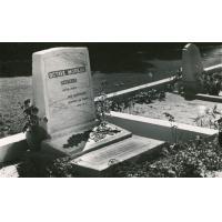 Tombe du pasteur Octave Moreau, missionnaire à Tahiti.