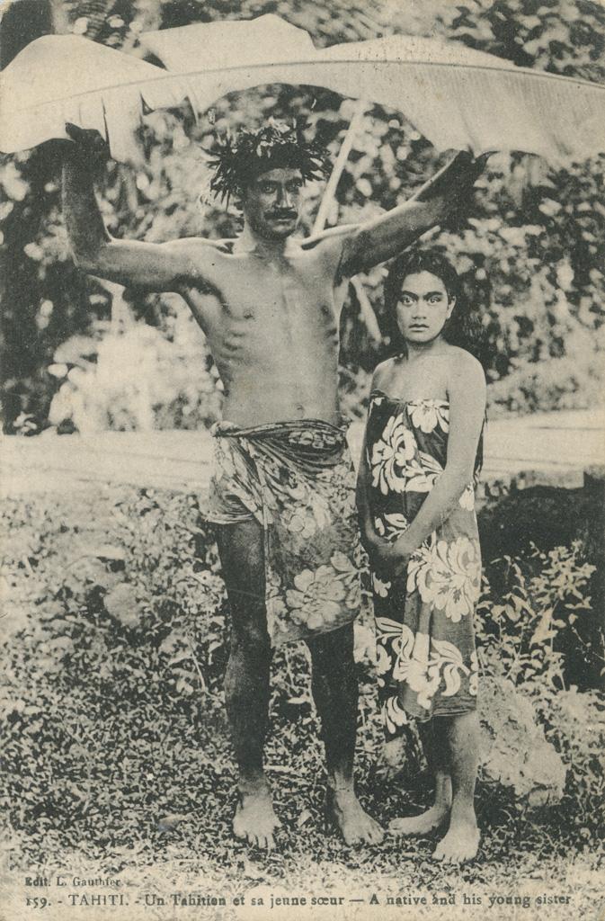 Un Tahitien et sa jeune sœur