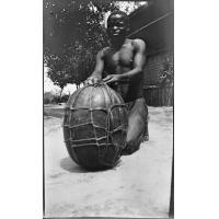 [Un africain]