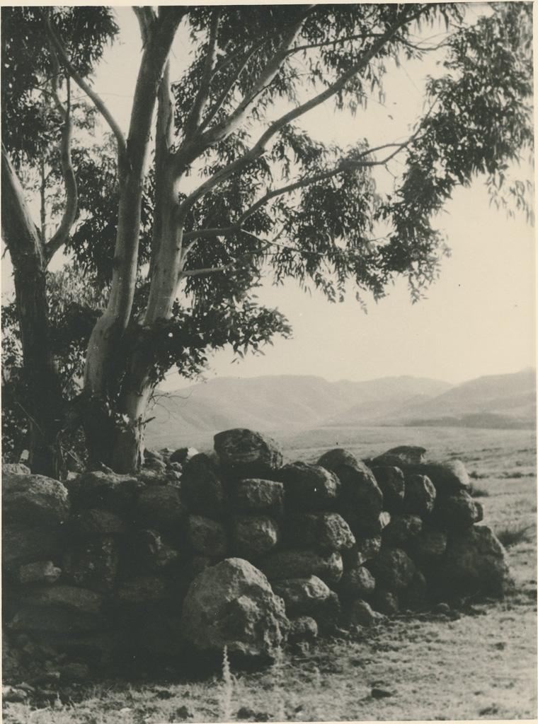 Un ancien tombeau dans les montagnes