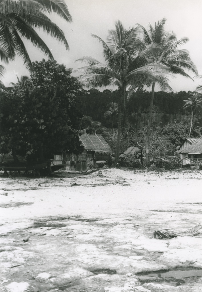 Un ancien village sur l'île de Makatea, abandonné maintenant