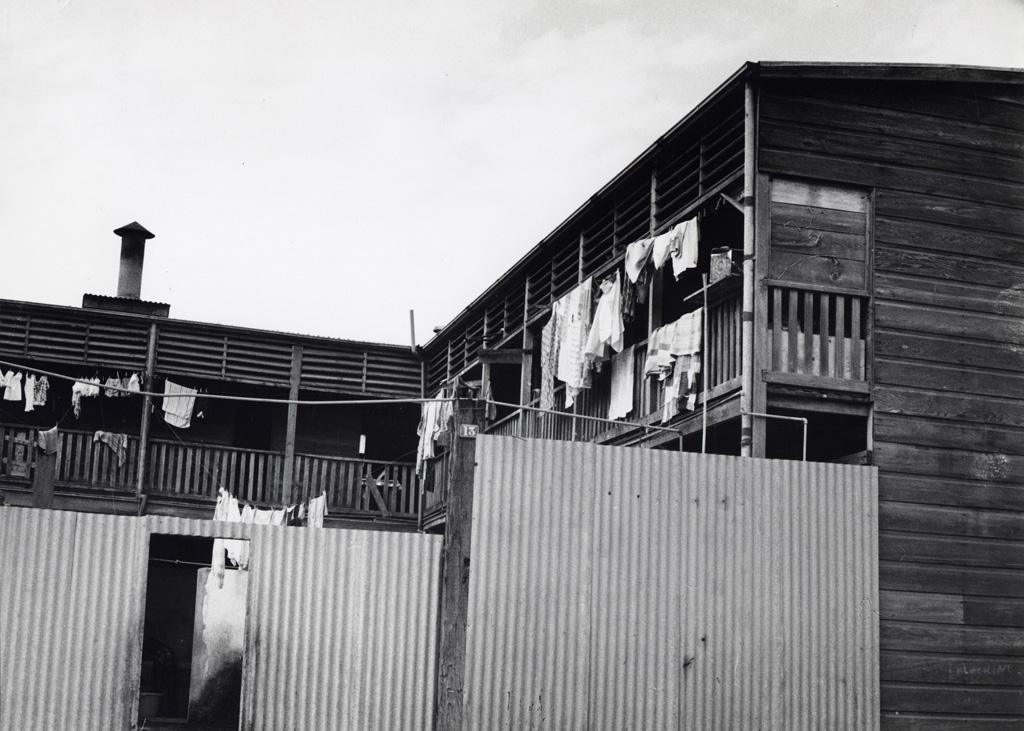 Un taudis dans le quartier du port à Nouméa