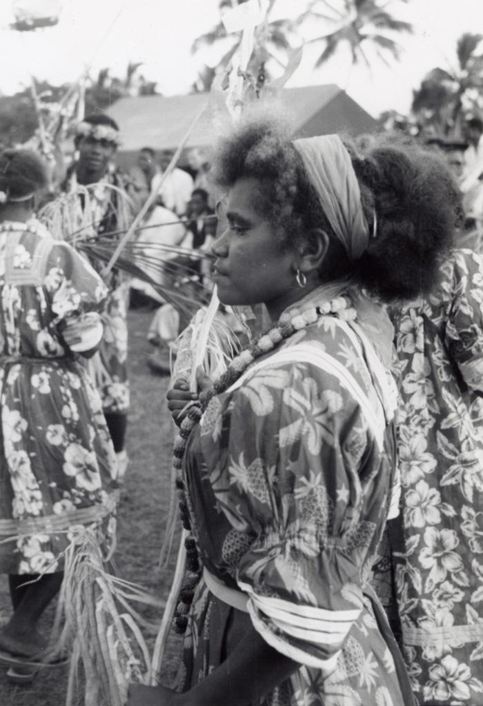 Une danseuse à la fin de la reconstitution historique, Chepenehe