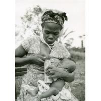 Une femme consent à donner son lait pour un prématuré orphelin