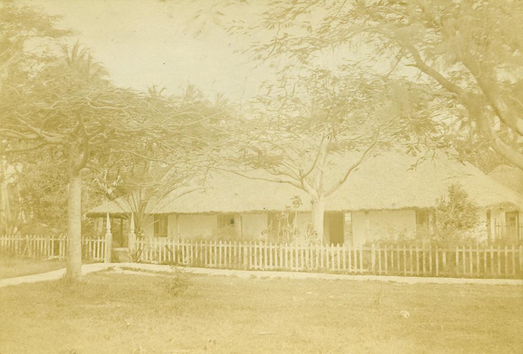 Une maison missionnaire à Fayaoue, Ouvéa