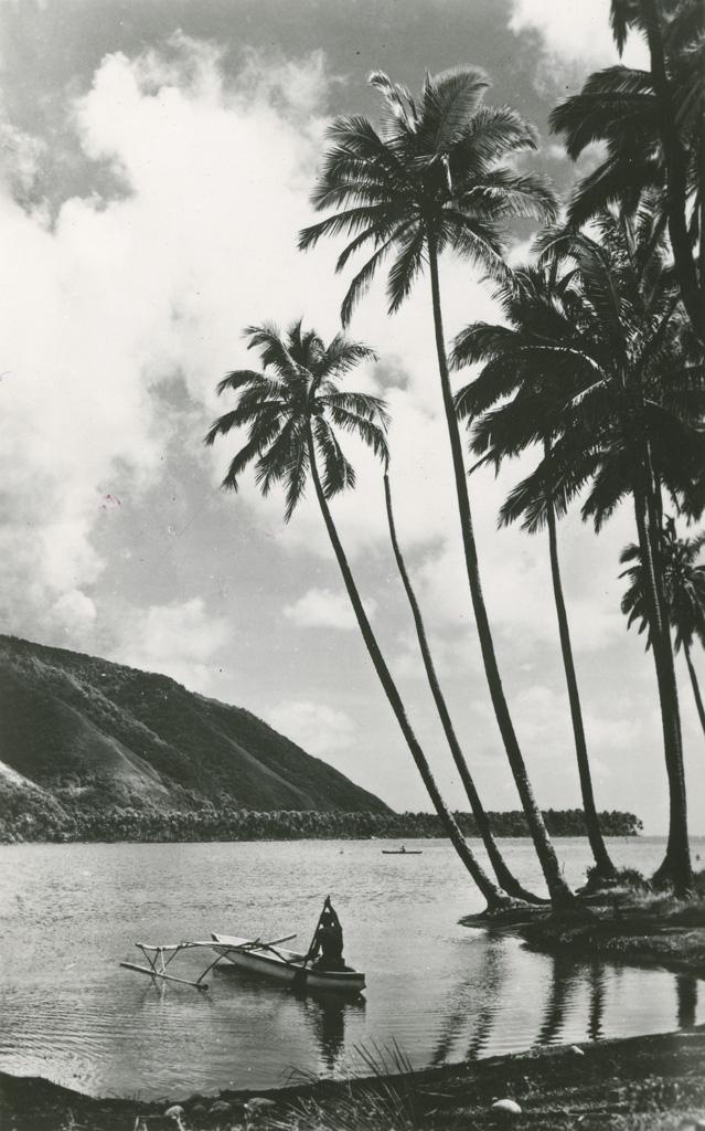 Une pirogue à balancier à Tahiti