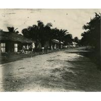 Une rue près de la mission protestante à Akwa