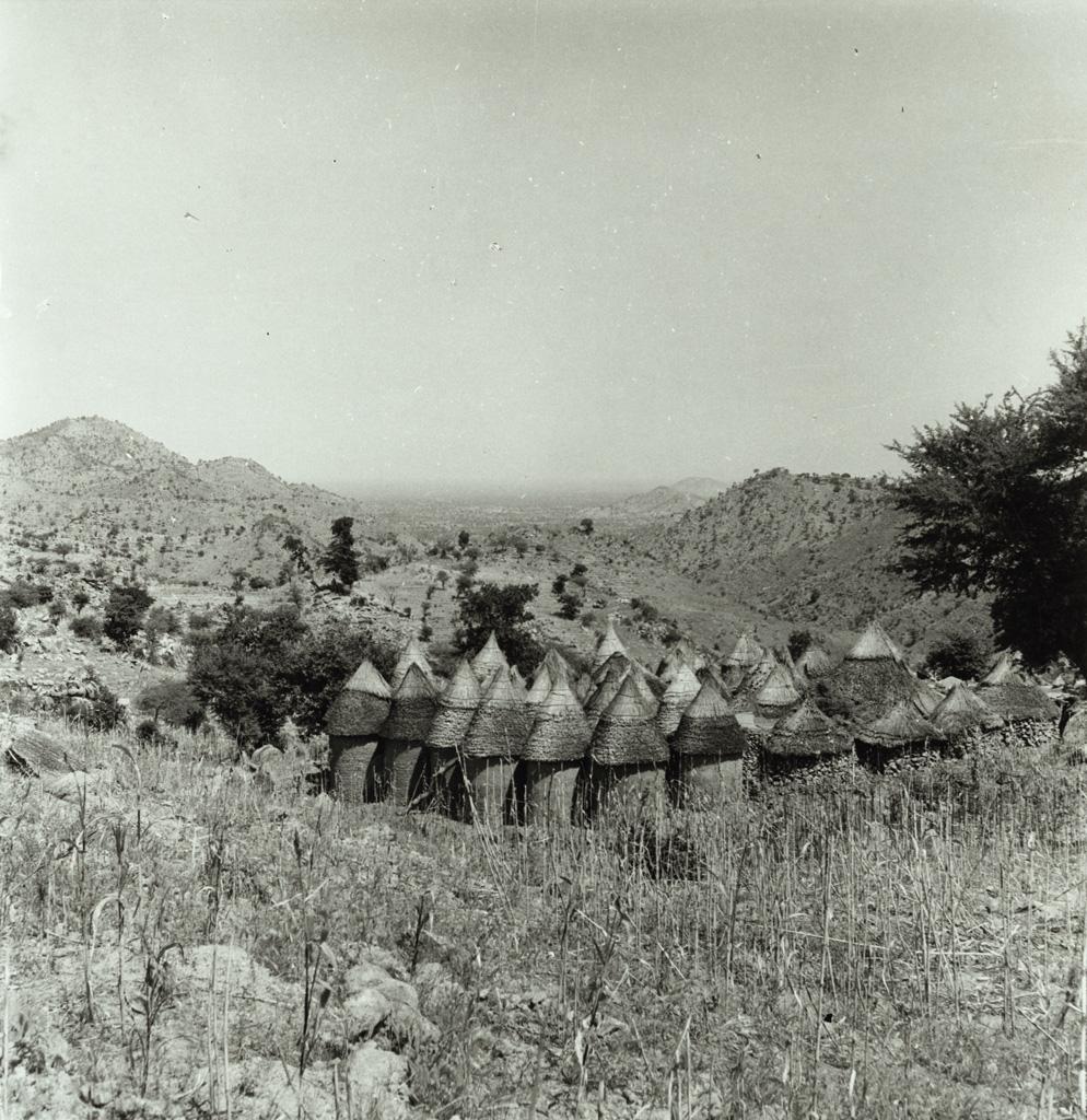 Village Kirdi dans les montagnes du Nord Cameroun