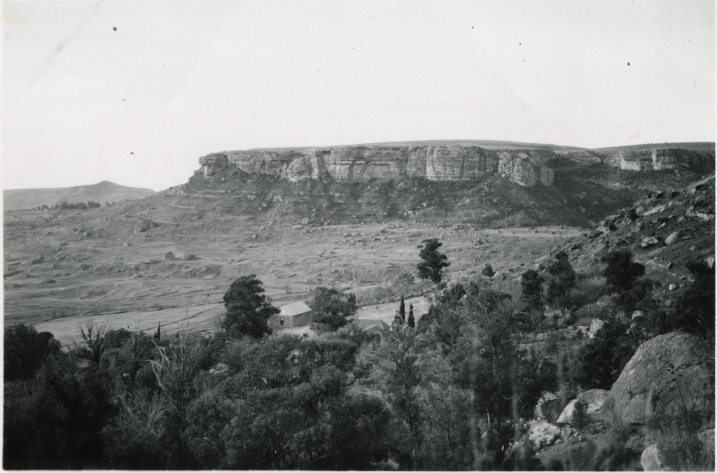 Vue prise au dessus de la station missionnaire de Leribé