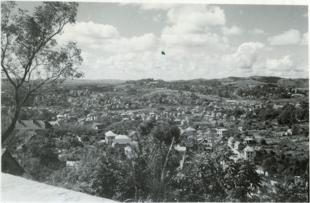 Vue prise depuis Mangarirotra